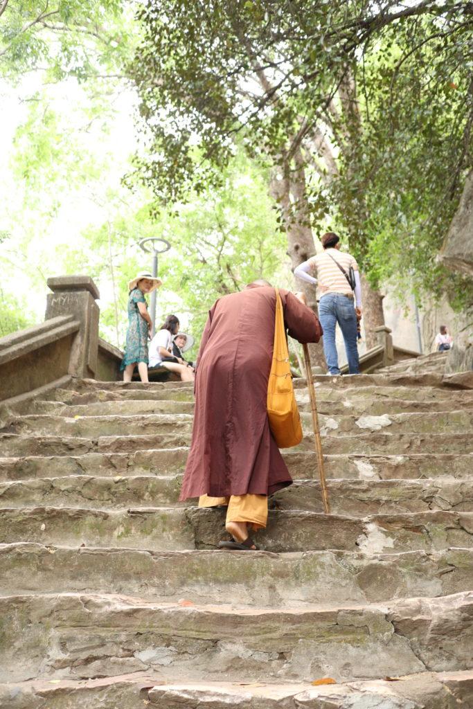 ダナン五行山の石段