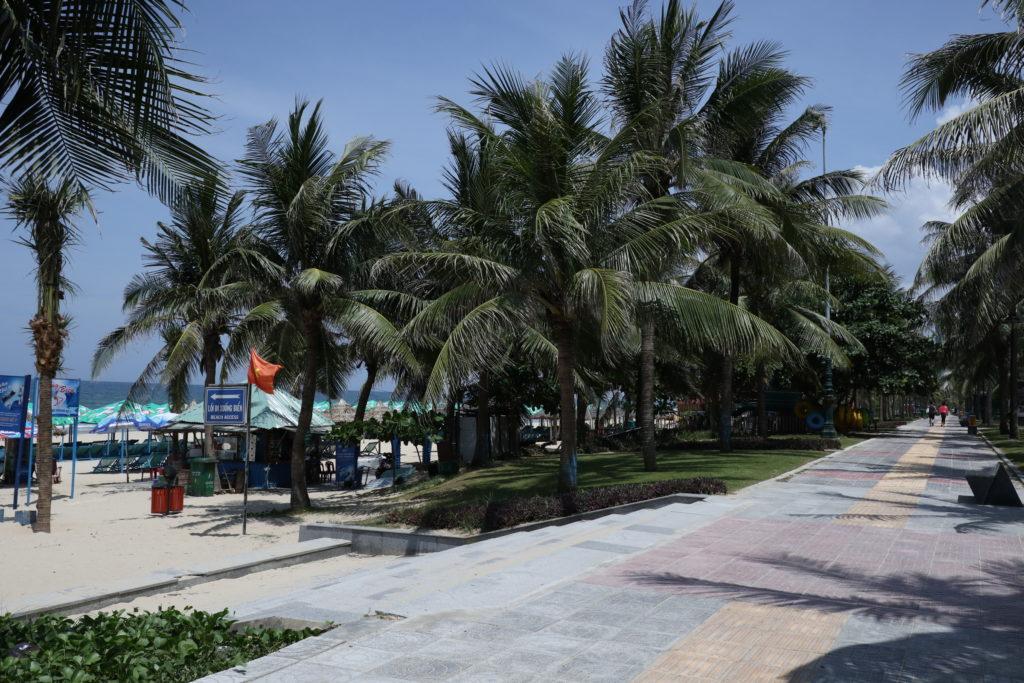 ベトナムダナンのミーケビーチ