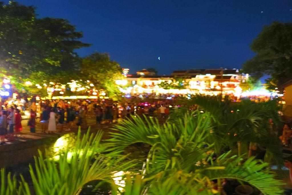 ホイアンの旧市街、夜の風景