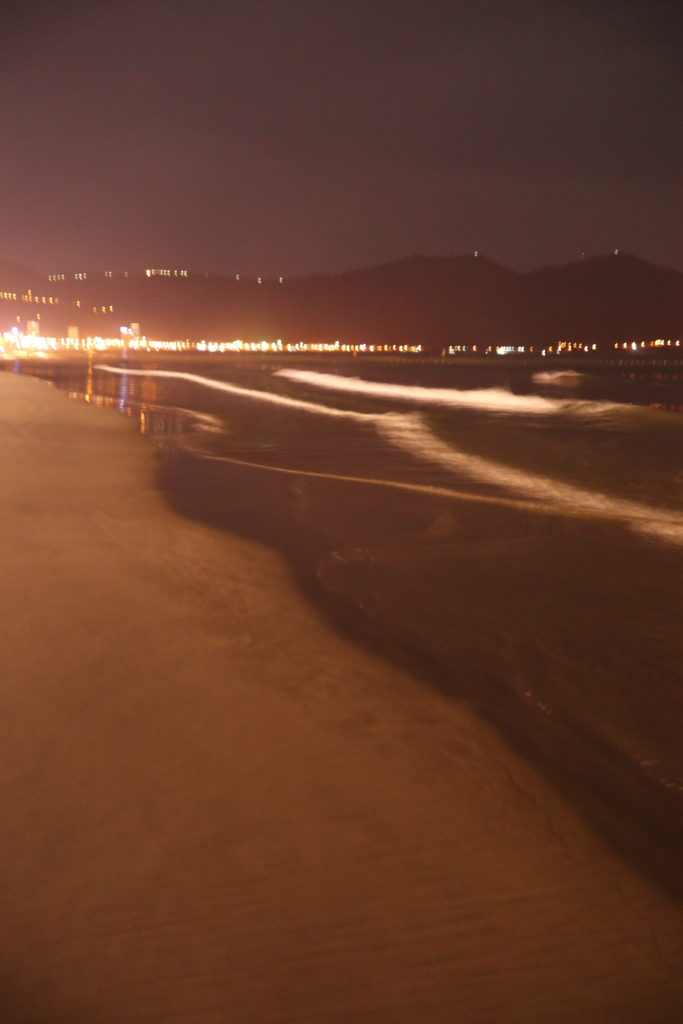 ダナンの夜、ミーケビーチ