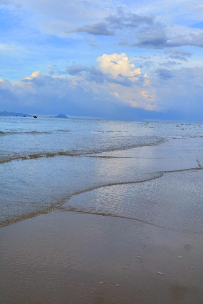 ホイアンのアンバンビーチ