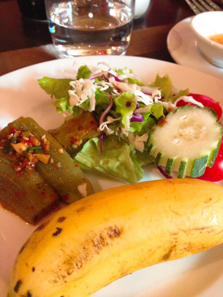 リトルホイアンセントラルブティックホテルの朝食ビュッフェ