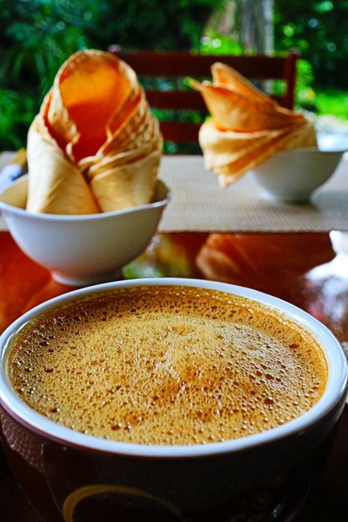 ヴィーガンレストランMINH HIENの卵コーヒー